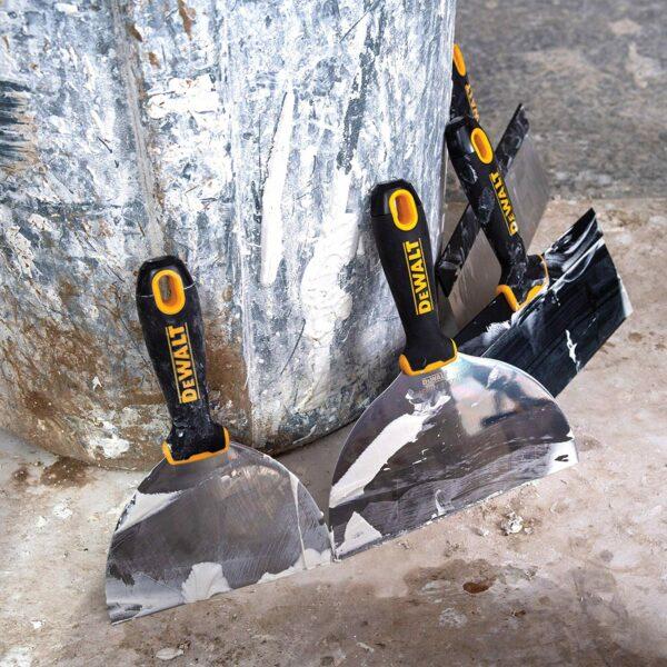 """DXTT 2-140 DeWALT Szpachelka Soft Grip 4"""" (10,16 cm)-42762"""
