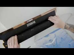 DeWalt 2-940 (2940) Szpachelka aluminiowa do gładzi 100 cm, ostrze wymienne ze stali nierdzewnej o grubości 0,3 mm-43096