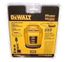 DEWALT POWERBANG, przenośna ładowarka adapter USB do ładowania z akumulatorów XR 10,8 V, 14,4 V i 18 V DeWALTA DCB090-XJ -0
